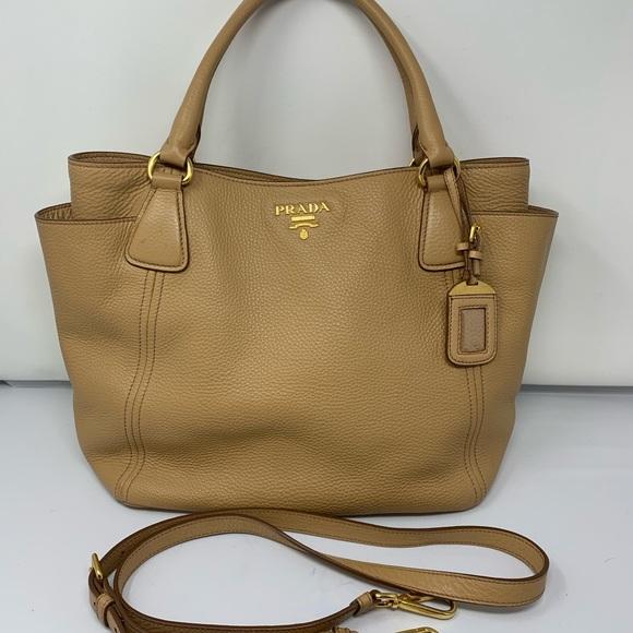 041354c404 Prada Bags | Like New Vitello Daino Tan Shoulder Bag | Poshmark